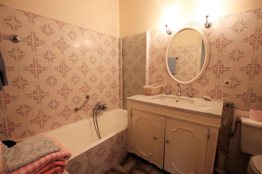 Appartement à vendre 5 107.03m2 à Nice vignette-8