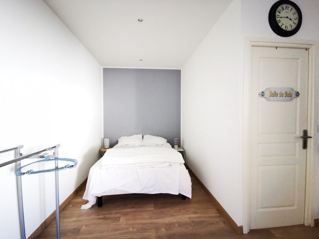 Appartement à louer 1 27.12m2 à Nice vignette-5