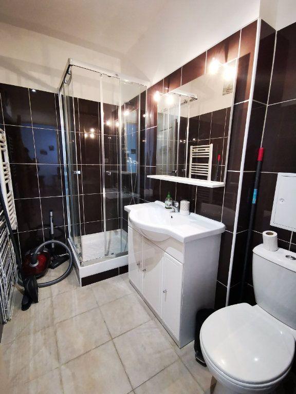 Appartement à louer 1 27.12m2 à Nice vignette-6