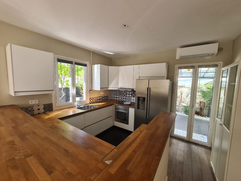 Maison à vendre 5 140m2 à Nice vignette-6