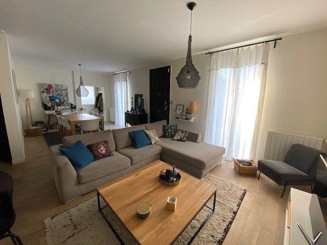 Maison à vendre 5 140m2 à Nice vignette-9