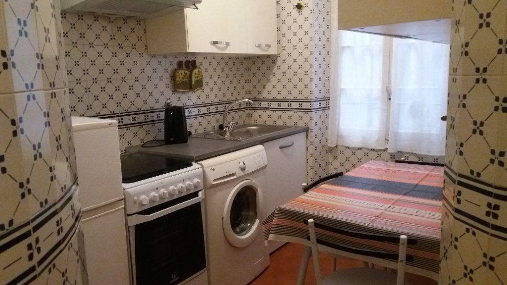 Appartement à louer 2 34.37m2 à Nice vignette-2