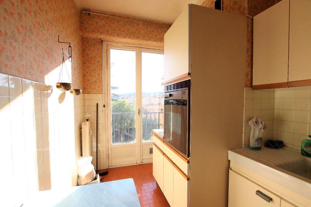 Appartement à vendre 2 52m2 à Nice vignette-3