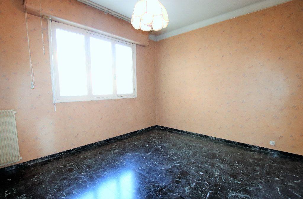Appartement à vendre 2 52m2 à Nice vignette-4