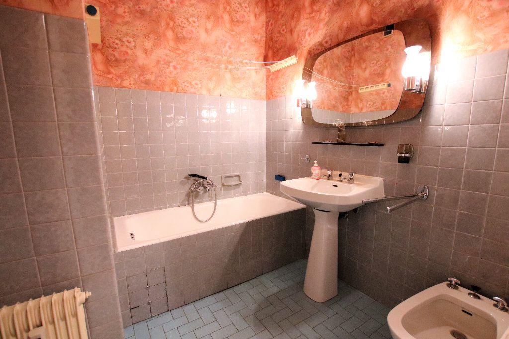 Appartement à vendre 2 52m2 à Nice vignette-5