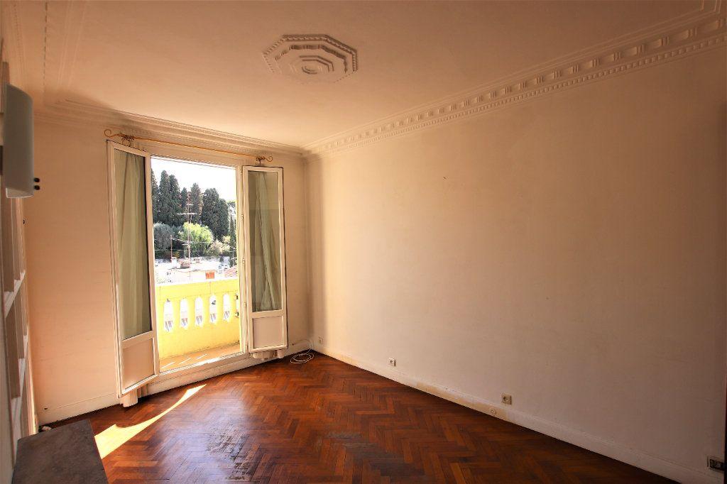 Appartement à vendre 2 38m2 à Nice vignette-2