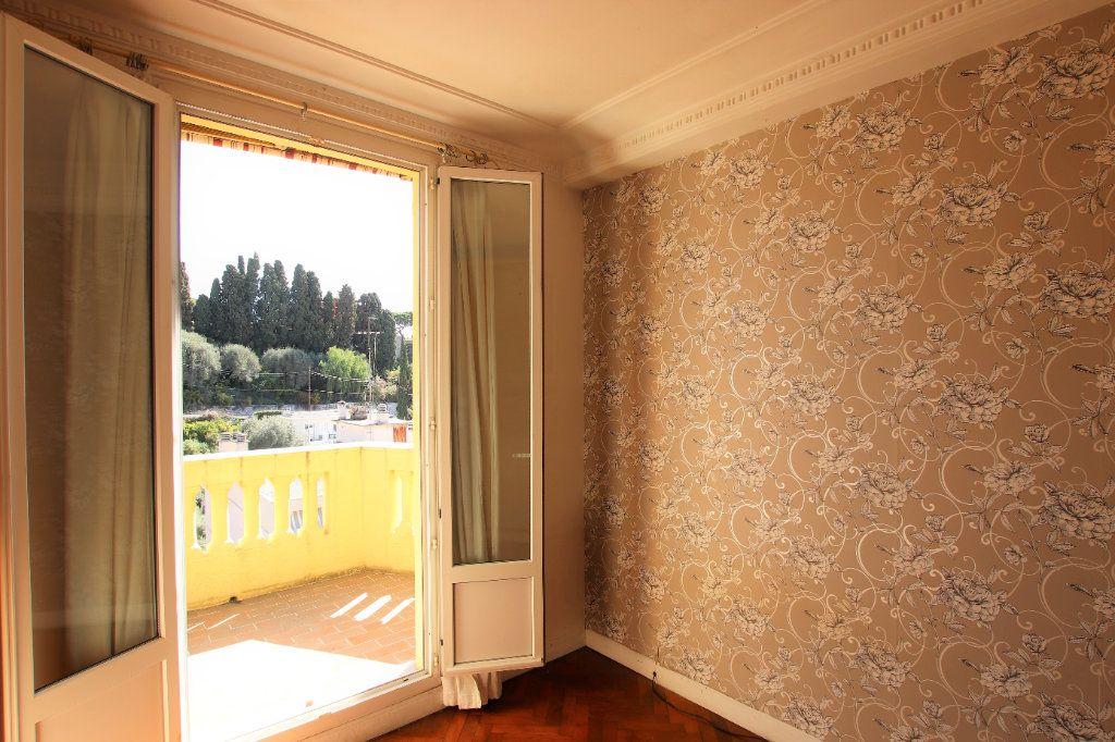 Appartement à vendre 2 38m2 à Nice vignette-3