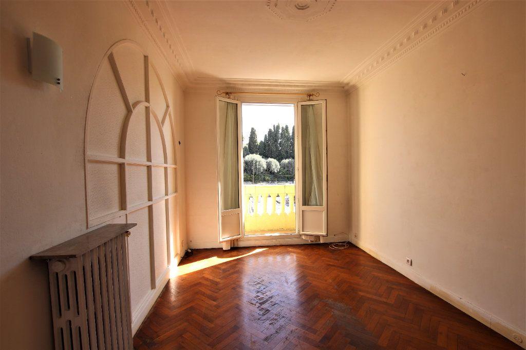 Appartement à vendre 2 38m2 à Nice vignette-5