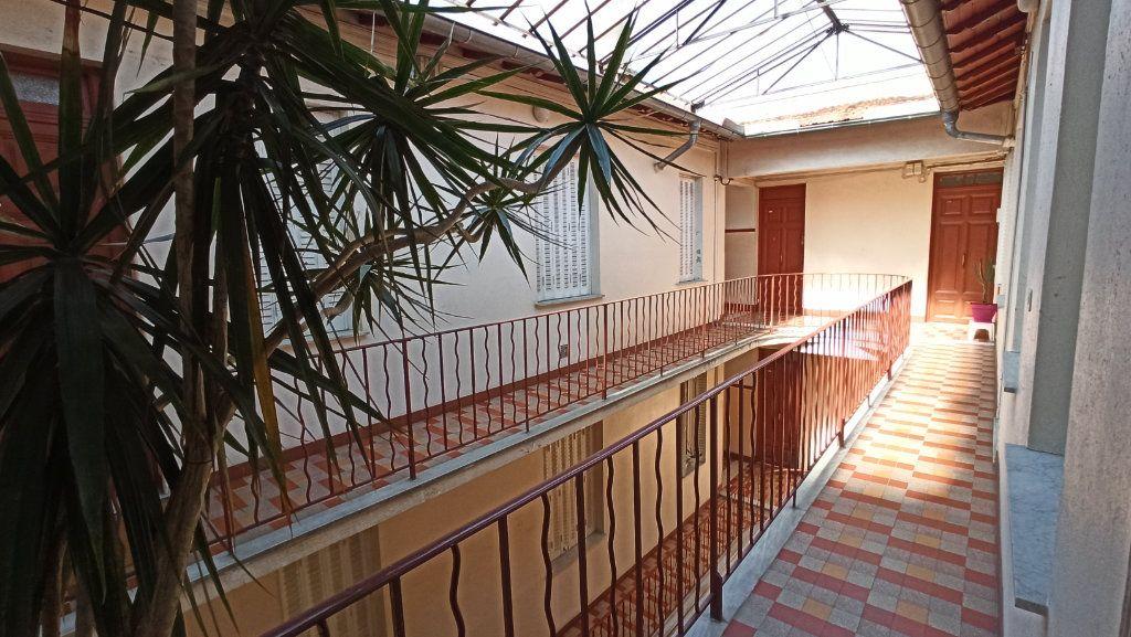 Appartement à vendre 2 38m2 à Nice vignette-7