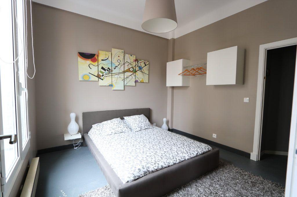 Appartement à louer 2 41.27m2 à Nice vignette-4