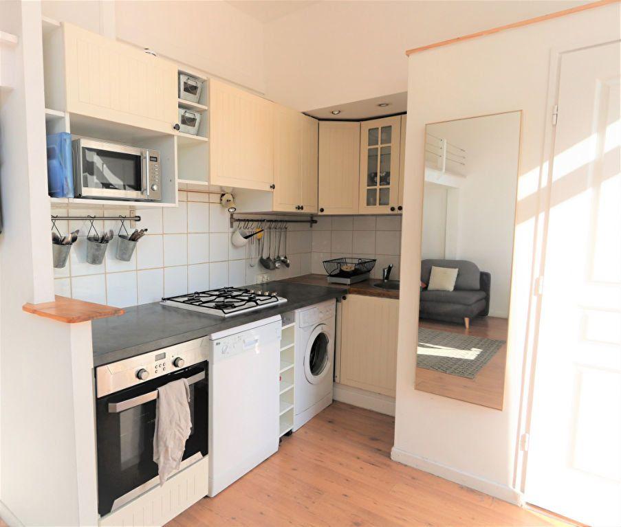 Appartement à louer 1 26.2m2 à Nice vignette-4