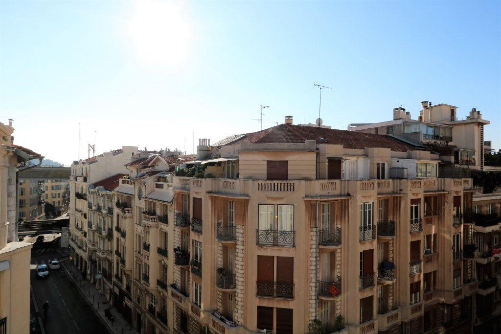 Appartement à louer 1 14.02m2 à Nice vignette-6