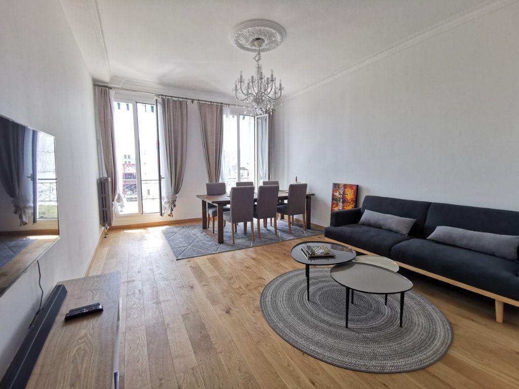 Appartement à louer 3 82.5m2 à Nice vignette-1