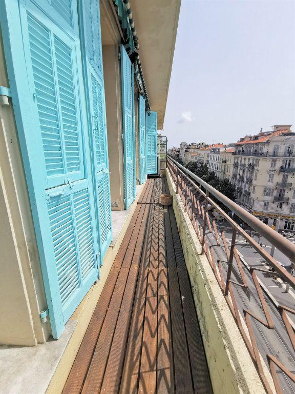 Appartement à louer 3 82.5m2 à Nice vignette-8