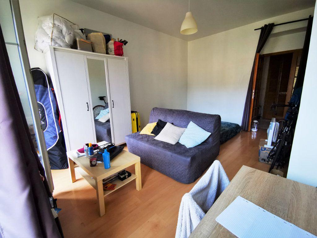 Appartement à louer 1 17.04m2 à Nice vignette-1
