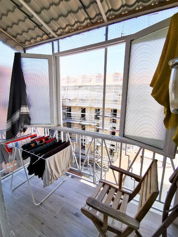 Appartement à louer 1 17.04m2 à Nice vignette-3