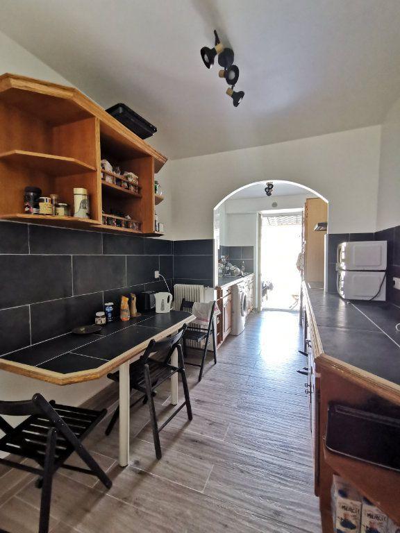 Appartement à louer 1 17.04m2 à Nice vignette-2