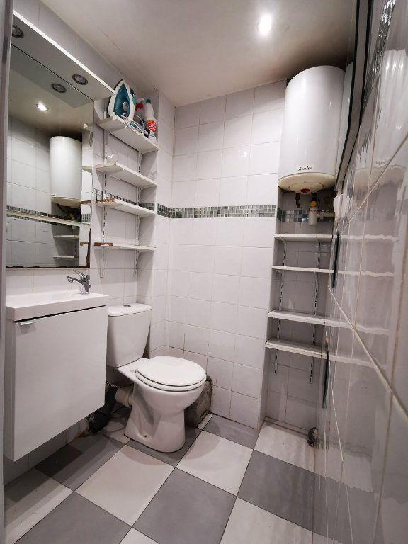 Appartement à louer 1 19.97m2 à Nice vignette-4