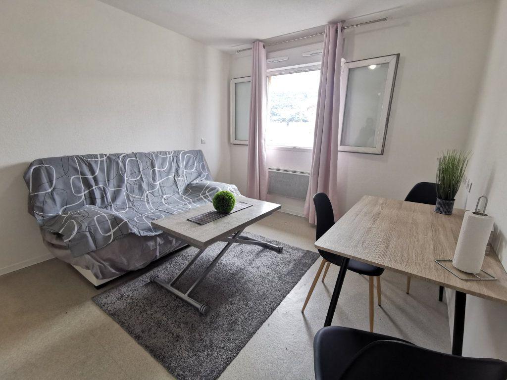 Appartement à louer 1 18.96m2 à Nice vignette-2