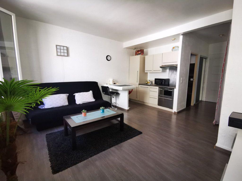 Appartement à louer 1 27.29m2 à Nice vignette-3