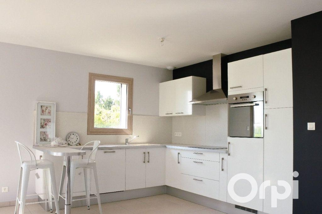 Maison à vendre 4 110m2 à Mornac-sur-Seudre vignette-3