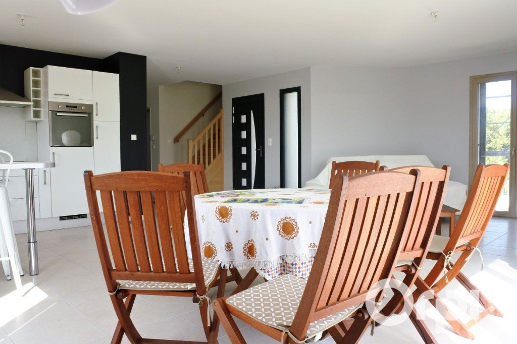 Maison à vendre 4 110m2 à Mornac-sur-Seudre vignette-5
