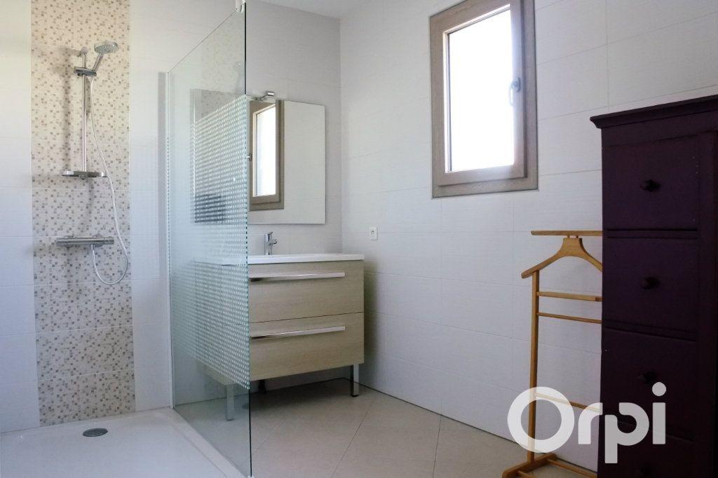 Maison à vendre 4 110m2 à Mornac-sur-Seudre vignette-7