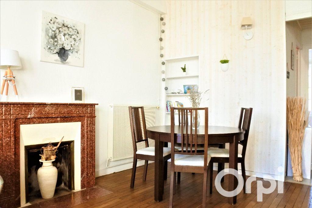 Appartement à vendre 4 99.665m2 à Royan vignette-2