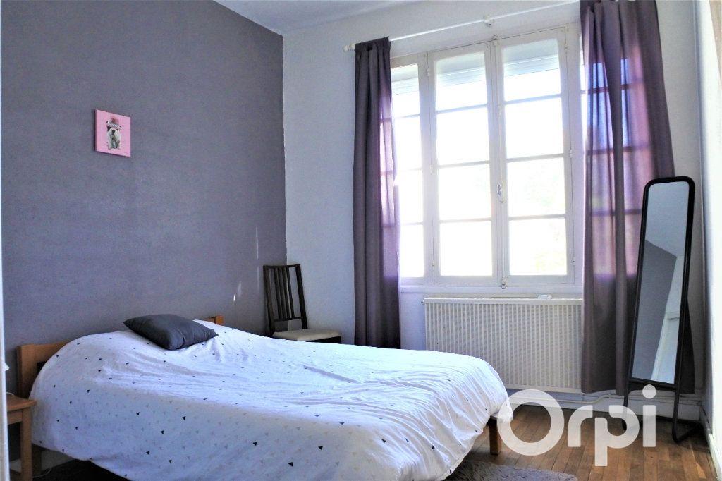 Appartement à vendre 4 99.665m2 à Royan vignette-3