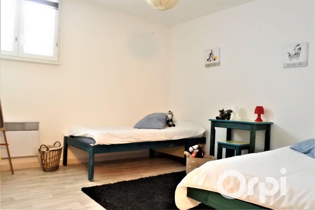 Appartement à vendre 4 99.665m2 à Royan vignette-7