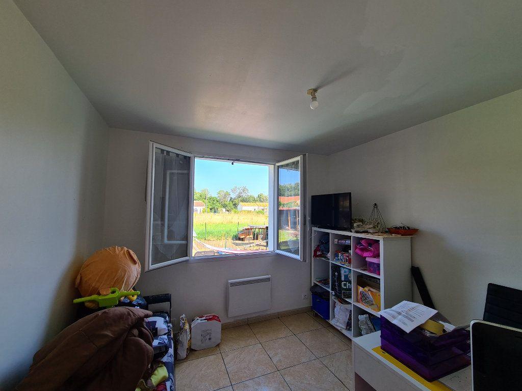 Maison à vendre 4 68m2 à Chaillevette vignette-4