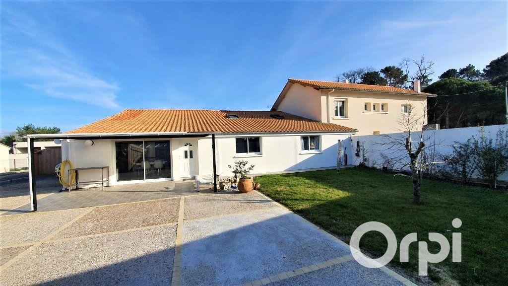 Maison à vendre 12 310m2 à La Tremblade vignette-1