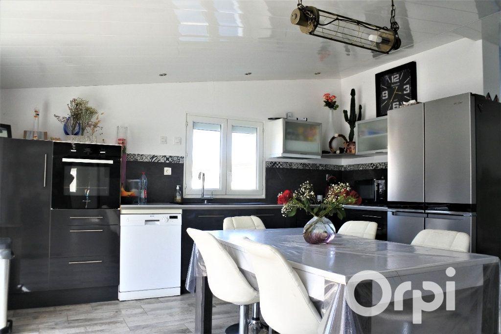 Maison à vendre 12 310m2 à La Tremblade vignette-3