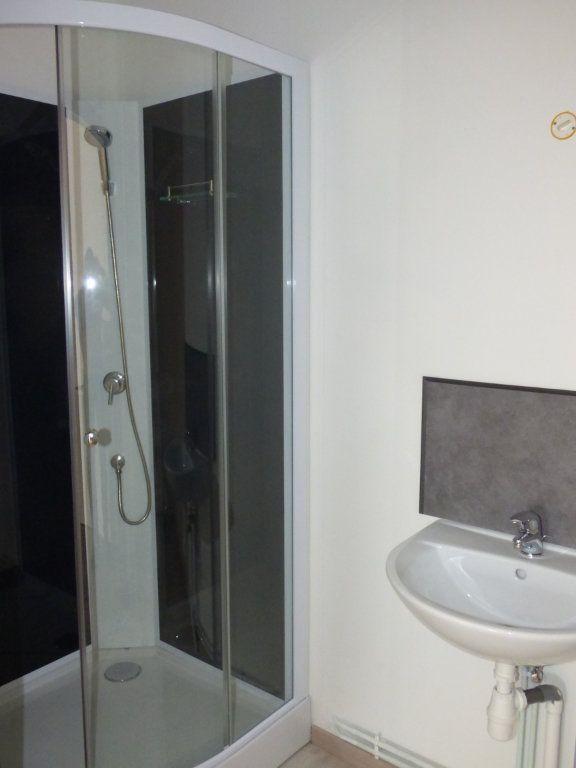 Appartement à louer 1 32m2 à Hagondange vignette-4