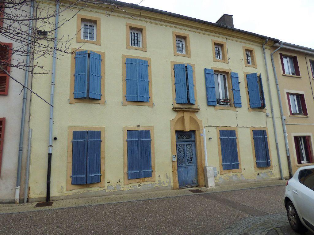 Appartement à louer 3 78m2 à Marange-Silvange vignette-1
