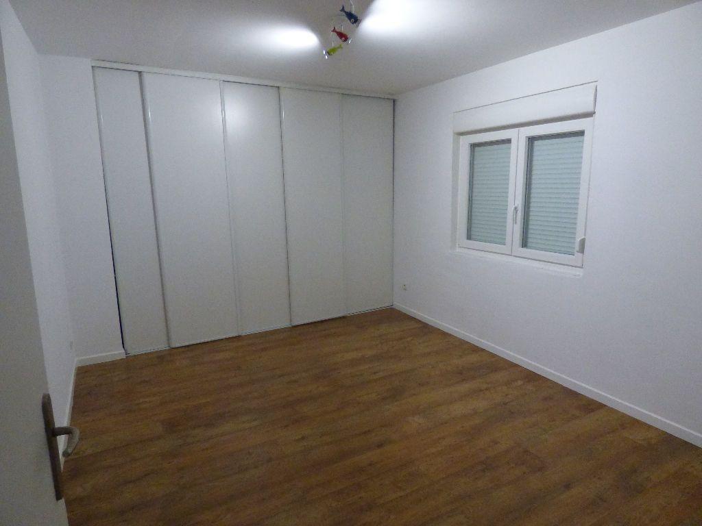 Appartement à louer 3 78m2 à Marange-Silvange vignette-6