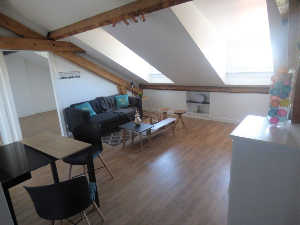 Appartement à louer 3 56.74m2 à Metz vignette-2
