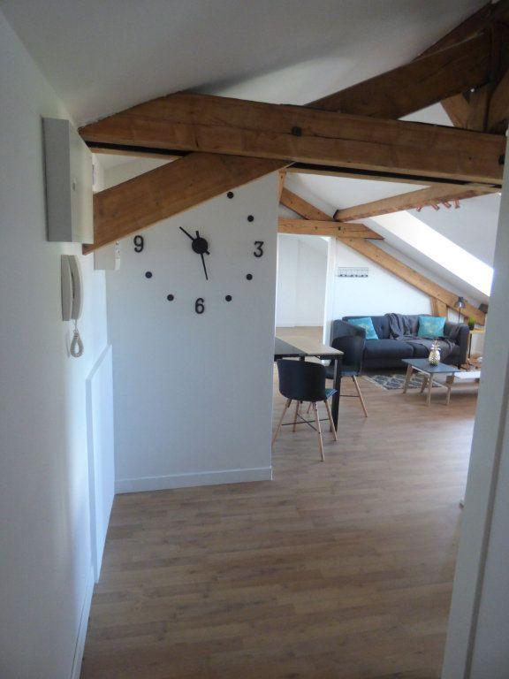 Appartement à louer 3 56.74m2 à Metz vignette-3