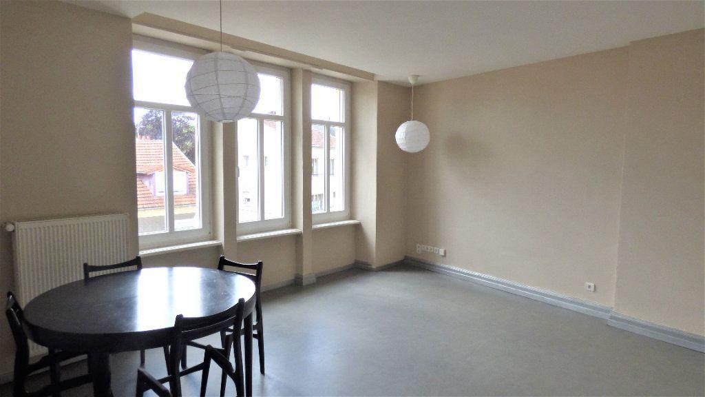 Appartement à louer 3 73.94m2 à Metz vignette-4