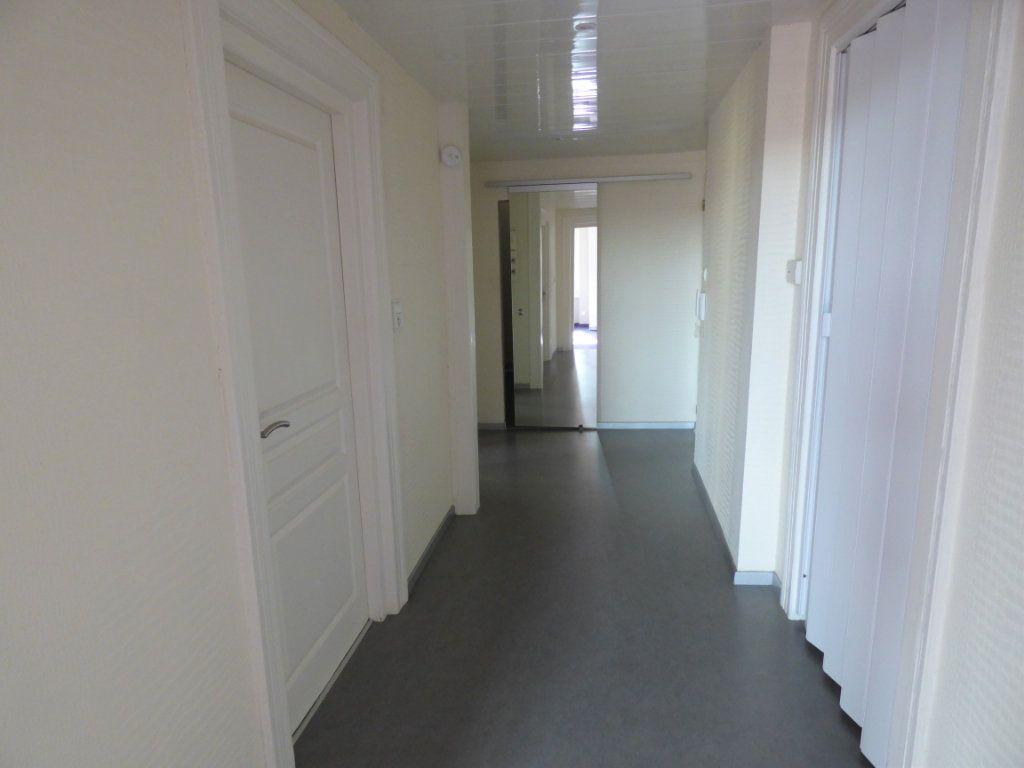 Appartement à louer 3 73.94m2 à Metz vignette-5