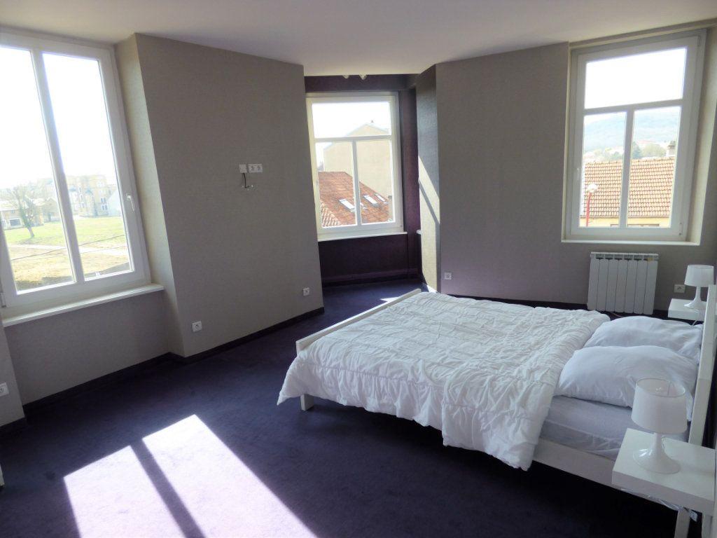 Appartement à louer 3 73.94m2 à Metz vignette-6