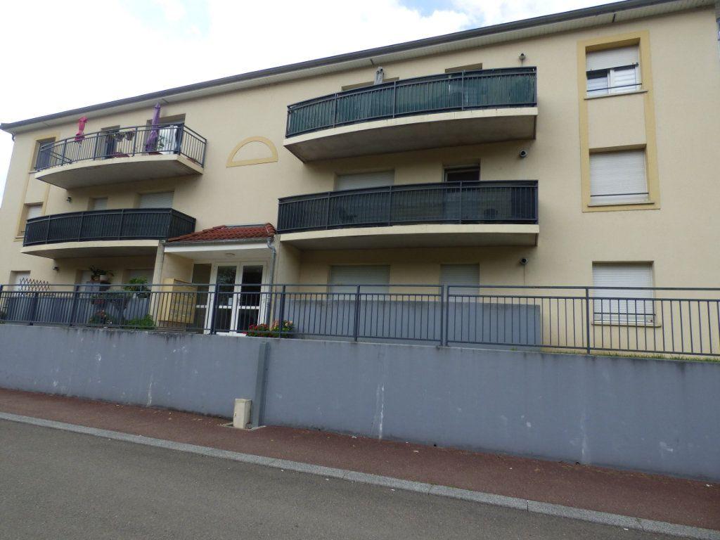 Appartement à louer 2 52m2 à Hagondange vignette-1