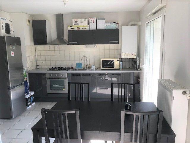 Appartement à louer 2 52m2 à Hagondange vignette-3