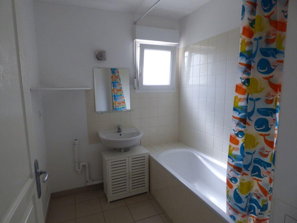 Appartement à louer 2 52m2 à Hagondange vignette-6