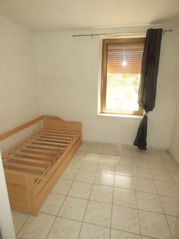 Appartement à louer 2 28m2 à Amnéville vignette-4