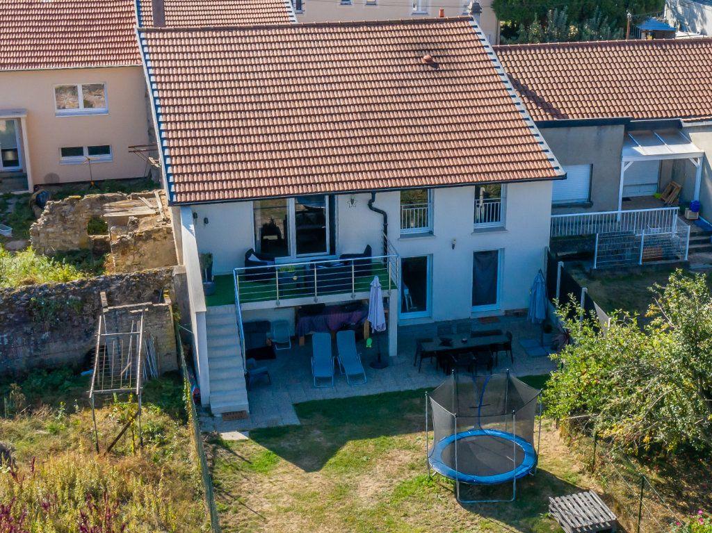 Maison à vendre 5 130.12m2 à Malroy vignette-1