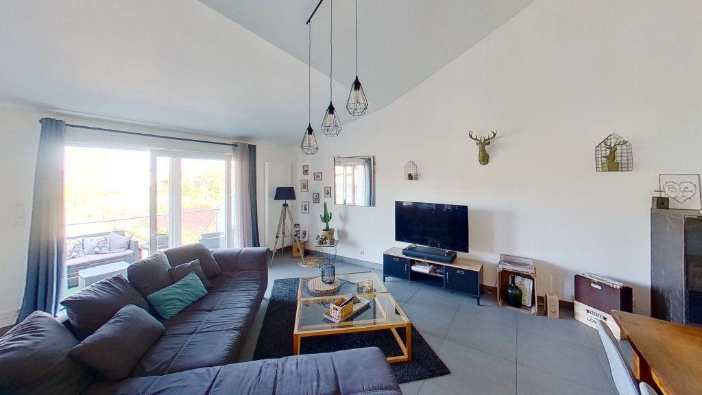 Maison à vendre 5 130.12m2 à Malroy vignette-2