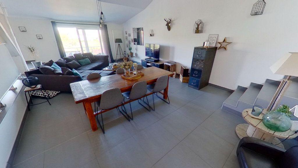 Maison à vendre 5 130.12m2 à Malroy vignette-4