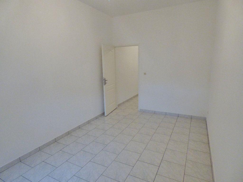 Appartement à louer 4 79m2 à Amnéville vignette-7