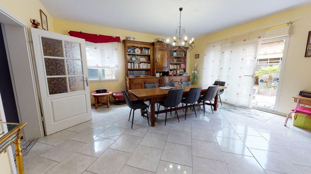 Maison à vendre 5 140.13m2 à Amnéville vignette-5